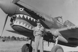 P-40_Warhawk_Col_Bob_Scott_23_Fighter_Group_Ace_shark_mouth_nose_art.thumb.jpg.5f209e05a4c620473e59e07473228e26.jpg